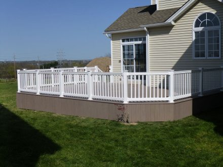 AZEK Vinyl Deck in Pennsylvania