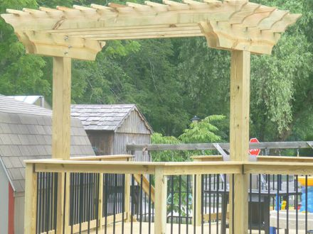 Unstaind Wood Deck and Pergola