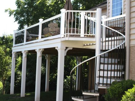 Vinyl Railings with Post Cap Lights