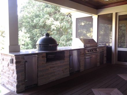 Open Porch with a Full Outdoor Kitchen
