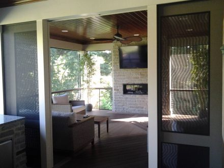 Screened-In-Porch with Sliding Doors