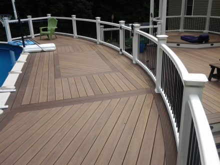 TimberTech Deck with White TimberTech Radiance Rail